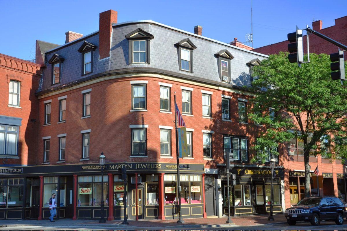 , Massachusetts' recreational marijuana market offers opportunities, pitfalls aplenty