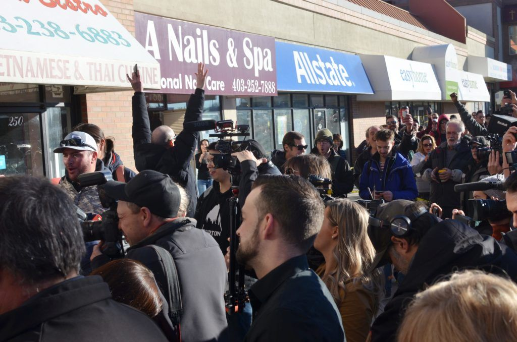 canada legalization cannabis industry, Photos from Canada's historic first day of recreational cannabis legalization