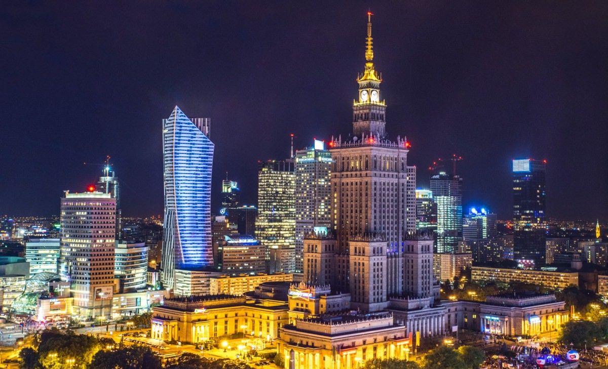 Aurora Cannabis to supply medical marijuana to Poland, Poland approves Aurora Cannabis as medical marijuana supplier