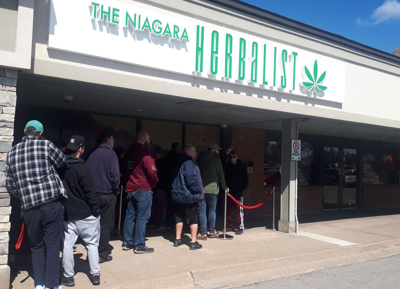 Ontario cannabis stores open, Ontario's first 25 recreational cannabis stores could contribute CA$500 million to industry
