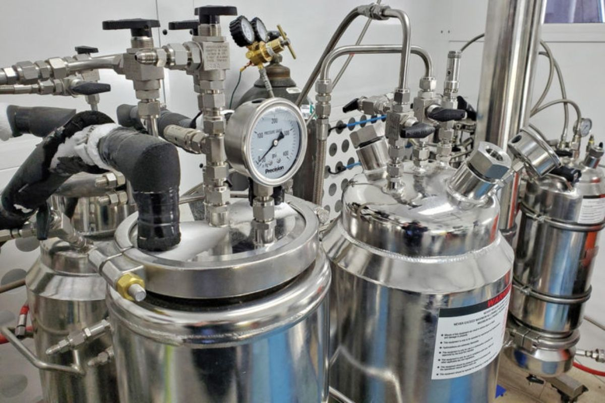 Shopping for new extraction equipment? Here's what to look for