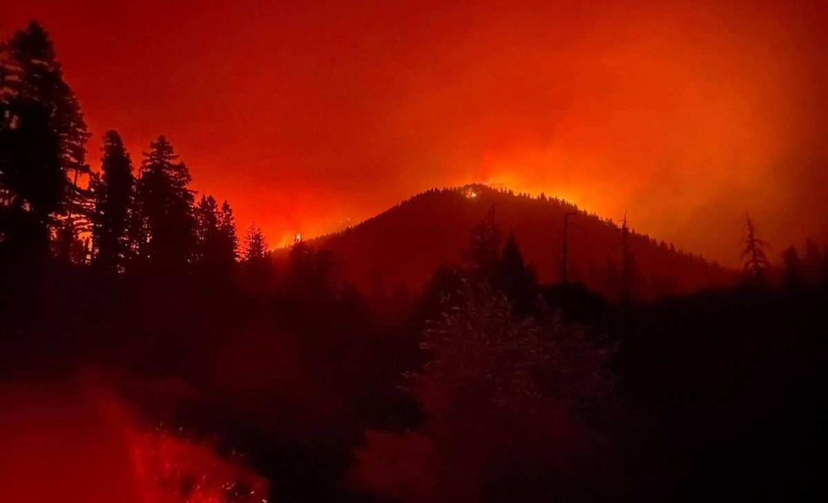 marijuana wildfires, West Coast wildfires threaten hundreds of marijuana businesses, fueling concerns about a 'new normal'