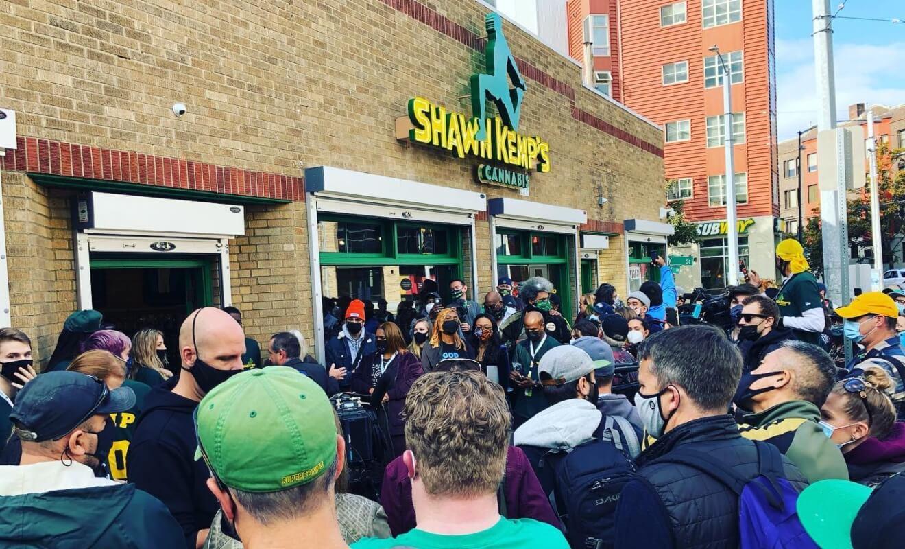 shawn kemp marijuana, Uproar over ex-NBA star Kemp's marijuana shop ownership highlights industry's diversity woes