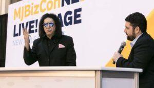 Gene Simmons, Kiss, Invictus